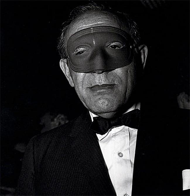 masked-man-649x670