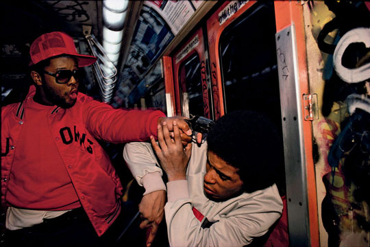 06-bruce-davidson-subway-surface-and-surface