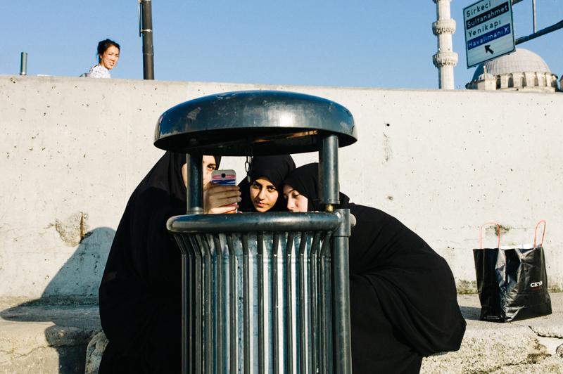 garbage can selfie-1
