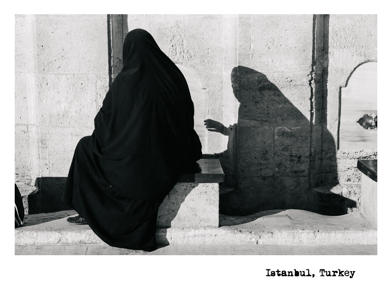 Istanbul-Shadow-Hand